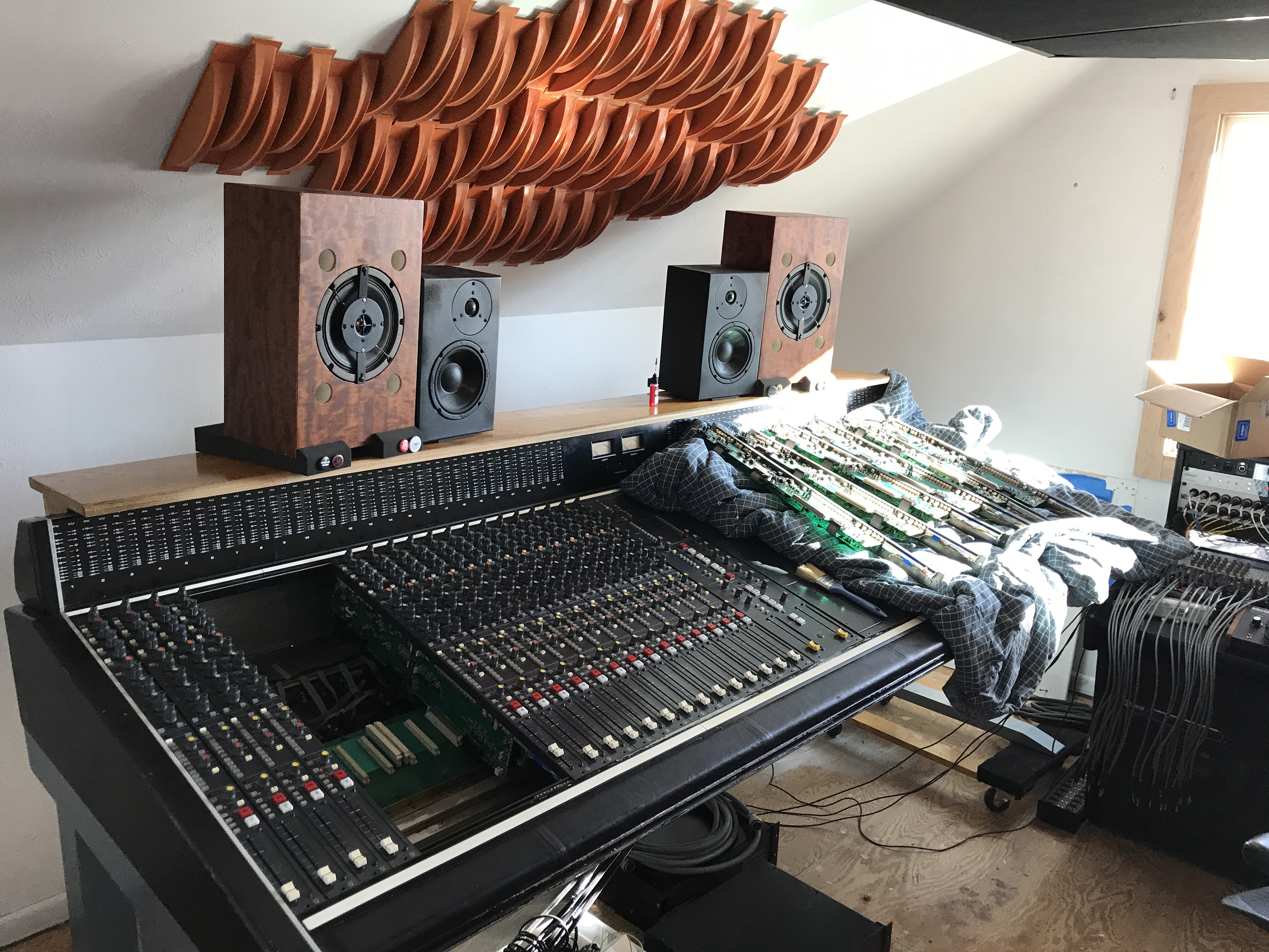 Large Format Console